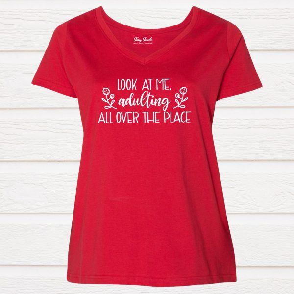 Look at me Adulting All Over the Place Curvy Women's V-neck Graphic Tee